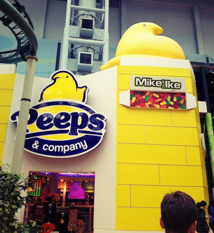 The+Peeps+store+at+the+Mall+of+America+is+located+near+Nickelodeon+Universe.+