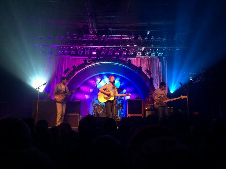 Dr. Dog is pictured.
