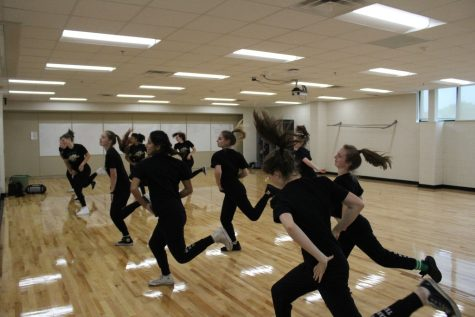 EHS Hip-Hop team prepares for upcoming season