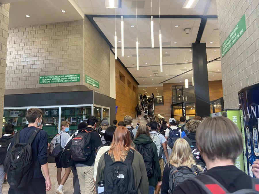New Edina students impact hallway blockage and COVID-19